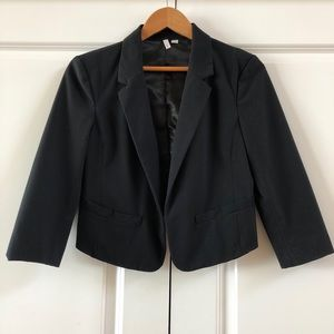 Frenchi Cropped Black Blazer Size Medium
